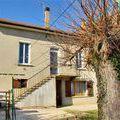 Maison - Villa La Côte Saint André 38260 de 5 pieces - 175.000 €