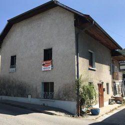 Maison - Villa 5 pièces Brison-Saint-Innocent