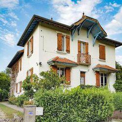 Maison - Villa 6+ pièces Le Pont-de-Beauvoisin