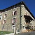 Immobilier sur Poule-les-Écharmeaux : Maison - Villa de 4 pieces